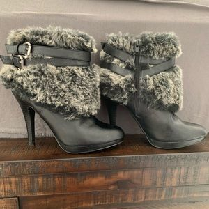 Boots with the fur!!